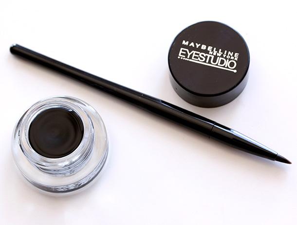 Maybelline-Blackest-Black-Lasting-Drama-Eyestudio-brush-1.jpg